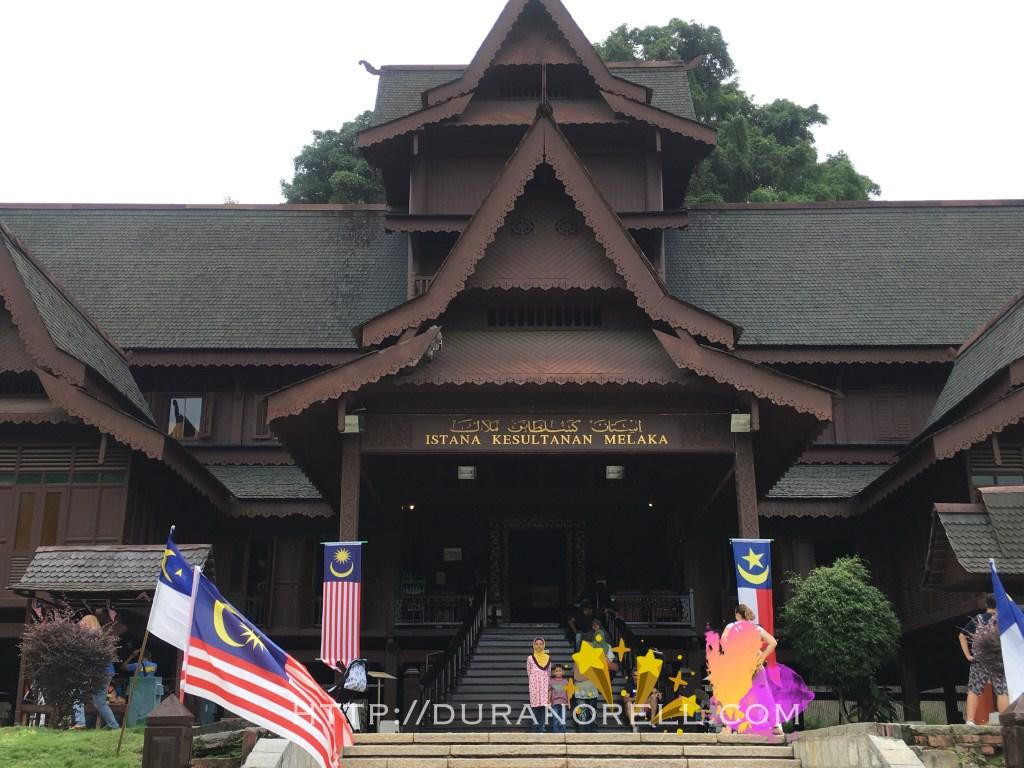 Muzium Istana Kesultanan Melaka | 25 tempat menarik di Melaka untuk dilawati seisi keluarga