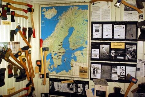 33e Gränsfors Axtmuseum Blick auf die Karte mit den Fundorten der Äxte