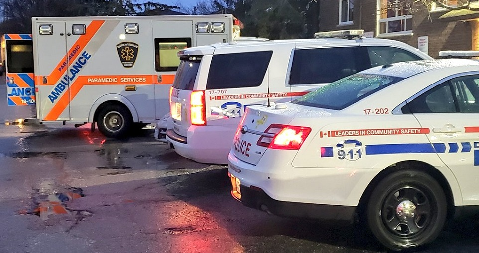 Clarington driver sends DRPS officer to hospital