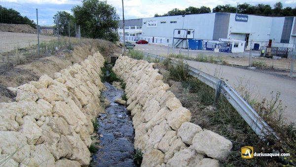 Durius Aquae: El arroyo Berrocal al llegar al polígono