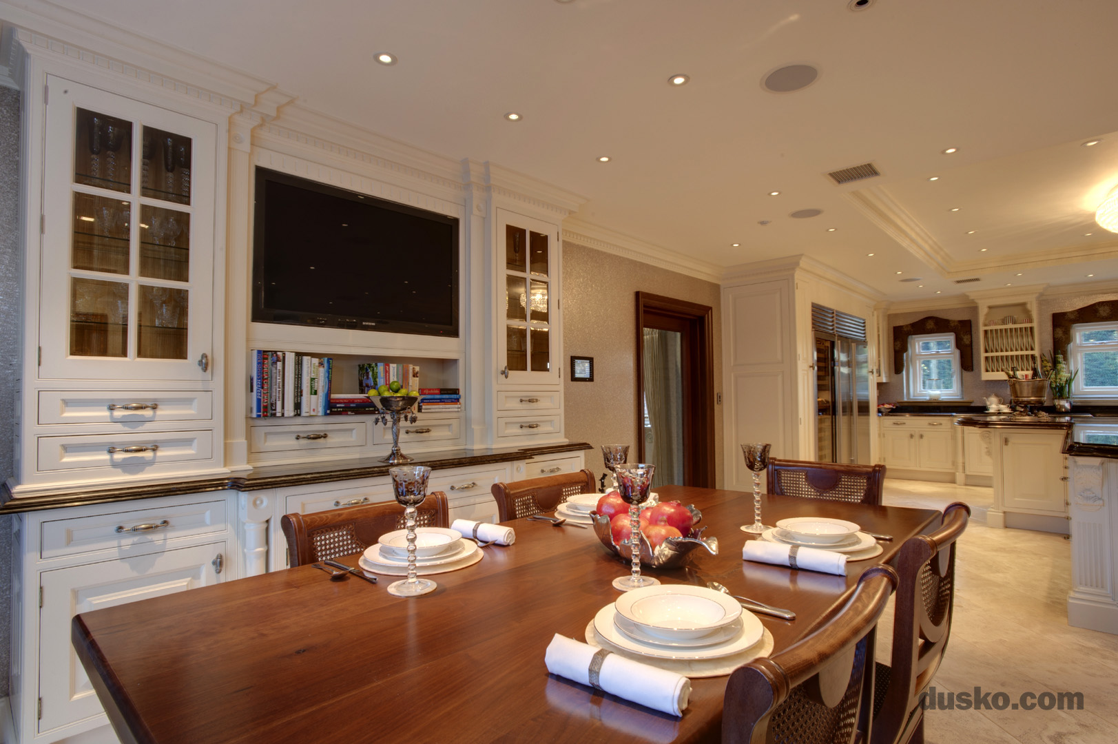 Colonial Style Kitchen in Prestbury, Cheshire Dining Area