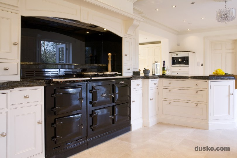 Dusko Edwardian Style Kitchen in Wilmslow, Cheshire