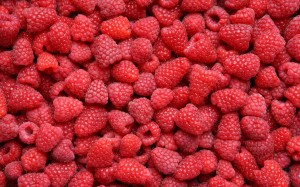 Foods that fill you up while you trim down raspberries