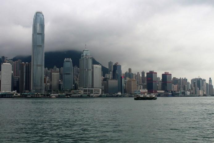 Hong Kong gökdelenleri ile dünya üzerindeki hiç bir yere benzemiyor