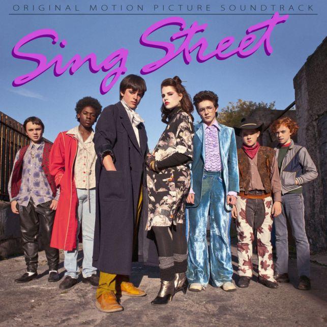 Sing Street Soundtrack albümü tekrar tekrar dinlenilesi bir albüm olmuş