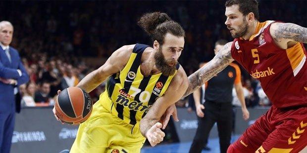 Fenerbahçe Euroleague'deki dört maçında dört galibiyet almış durumda.