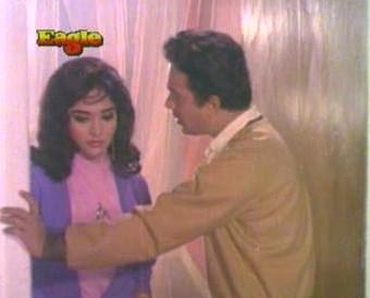 Rupa falls for Ashok too