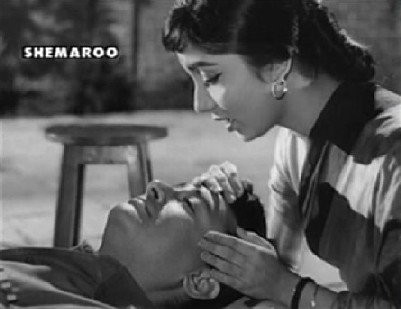 Dev Anand and Sadhana in Hum Dono