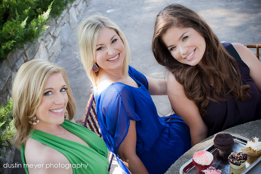Here's a cute and delightful shot of the beautiful ladies from the newest Austin wedding planners team, Life Styled Events.