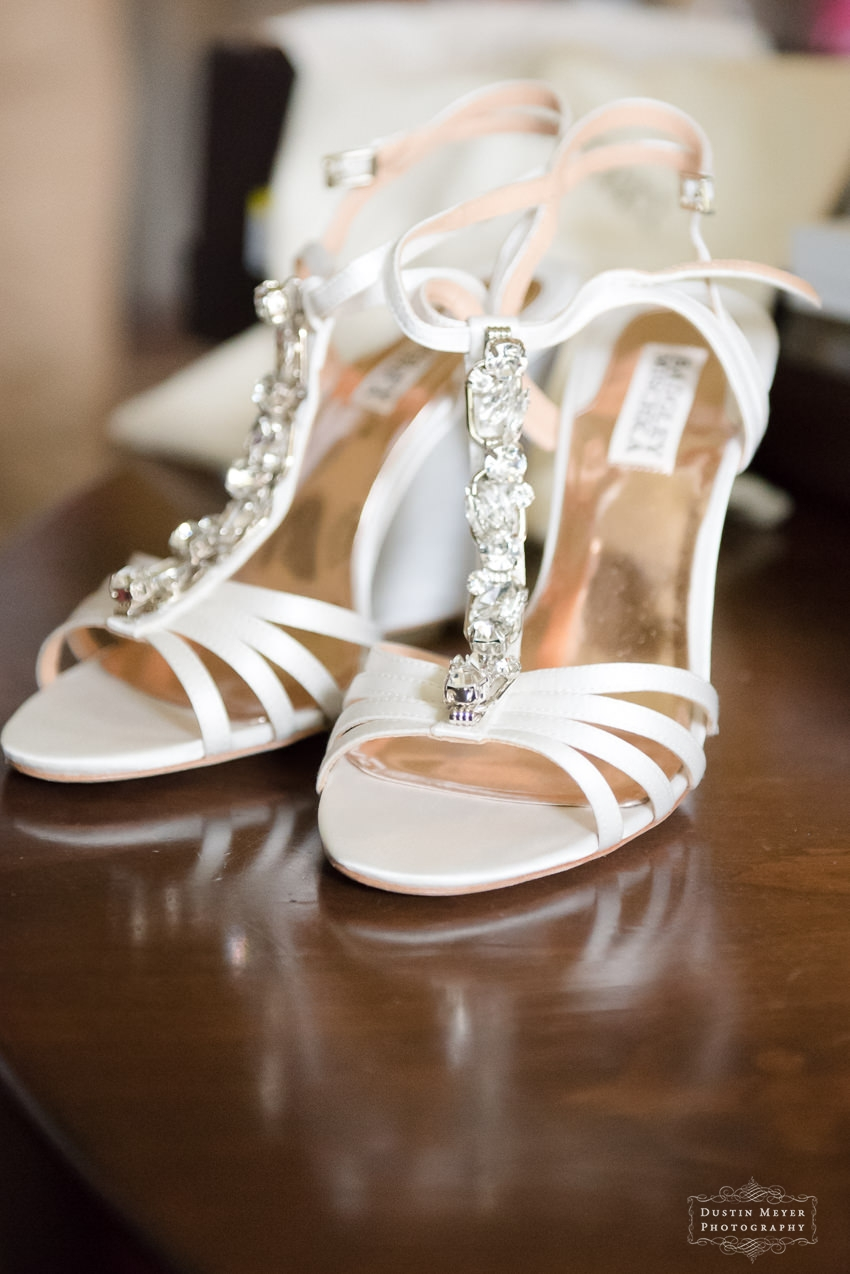badgley mischka wedding bridal shoes