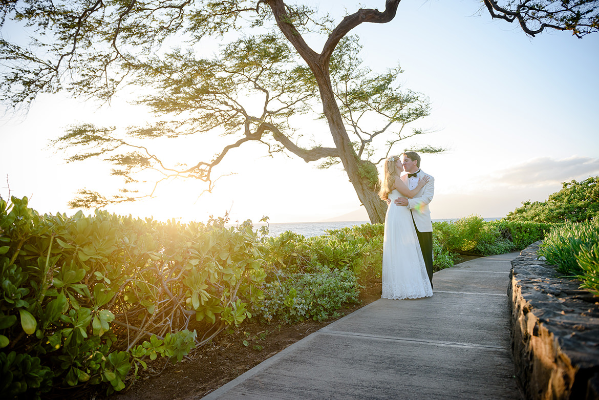Destination Wedding Photographer Maui-0022.jpg