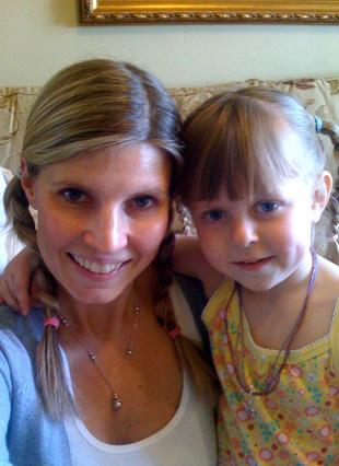 anna-mommy-braids-wp