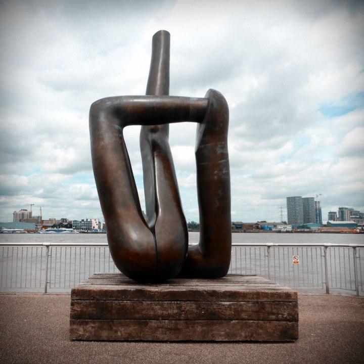 Gary-Hume-The-Line-Dutch-Girl-in-London