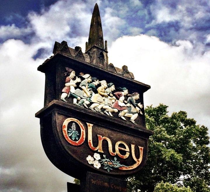 Olney-pancake-day-race-dutch--girl-in-london