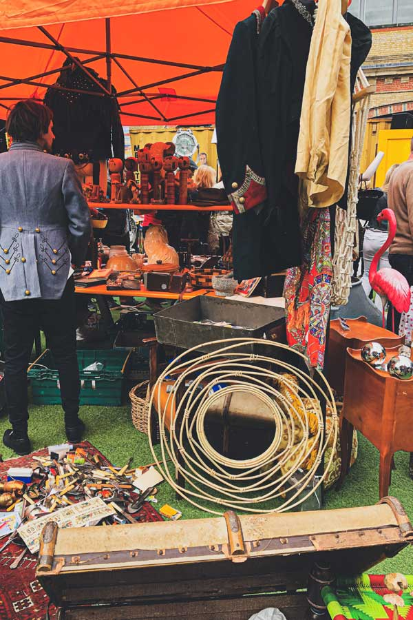 vintage market stall at Vinegar Yard London Bridge