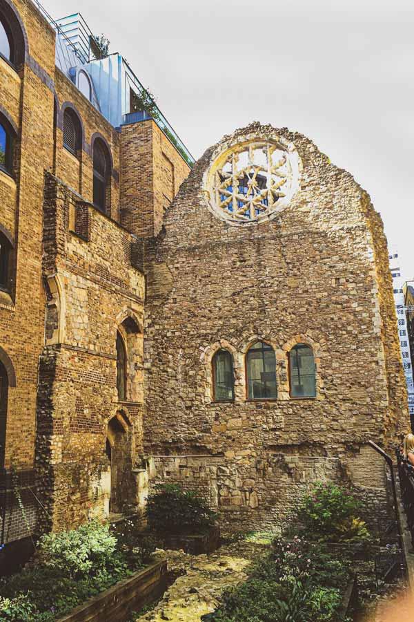 Winchester Palace ruins near London Bridge
