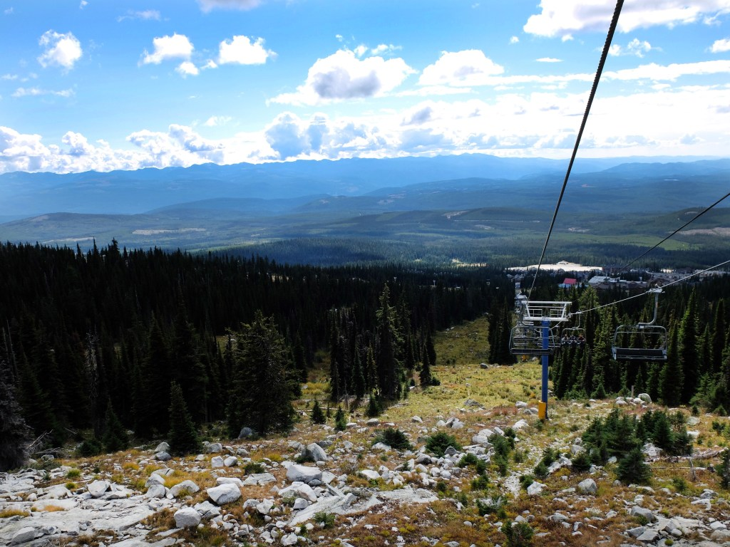 Hiking in Big White Ski Resort | Dutchie Love