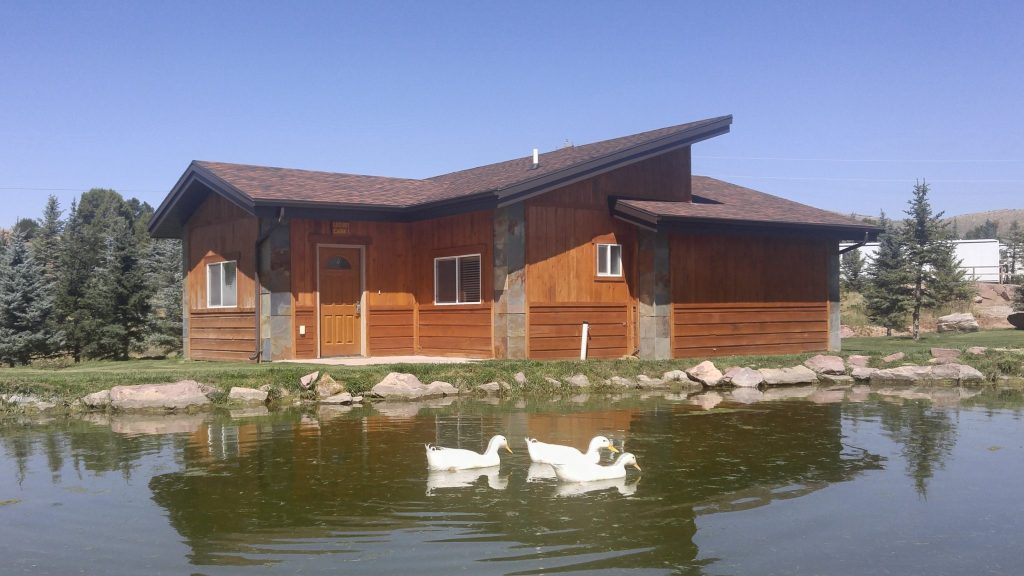 Luxury Cabin Featured