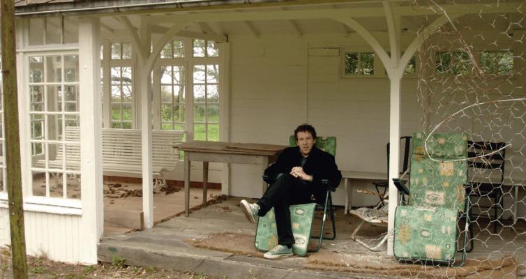 Benoît Duteurtre en Normandie, photo Bruce Benderson