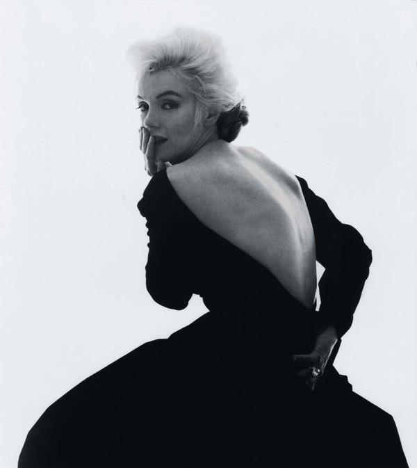 Marilyn Monroe con un vestido de Dior, 1962