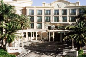 El Palazzo Versace cuenta con una marina privada y 4 restaurantes de lujo