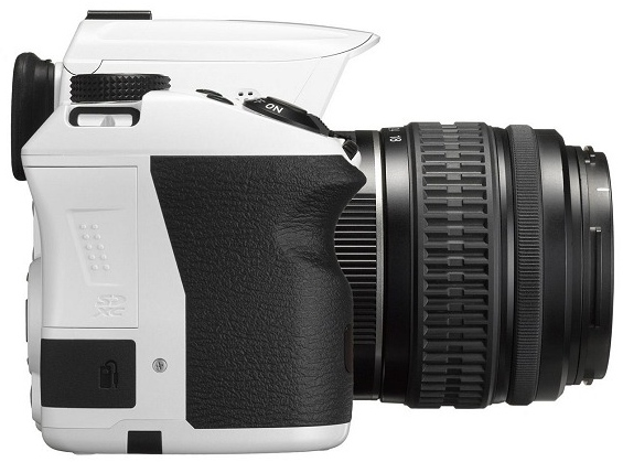 Pentax K-30 color blanco