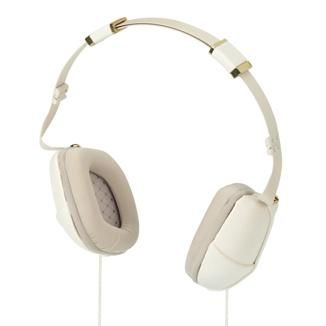 Disfruta de una reproducción musical inigualable con estos auriculares actuales y exclusivos.