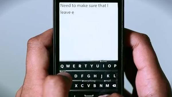 BlackBerry vuelve al sistema de pantalla táctil, al menos para el primer equipo que opere el nuevo programa operativo de Research In Motion Ltd (RIM),