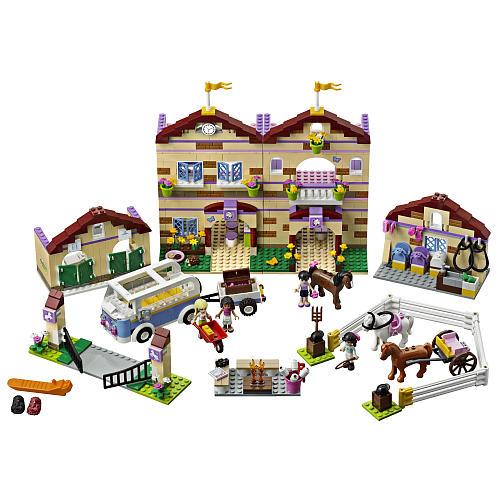 LEGO Friends Summer Riding Camp 3185 - Precio $110 dólares