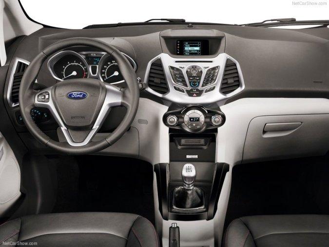 Interior renovado en la nueva 4x4 Ford Ecosport 2013