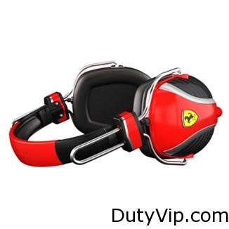 Disfrutar de tu música con el estilo de la Fórmula 1 y responder a las llamadas con el micrófono y el mando a distancia.