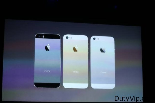 Apple unveils the iPhone 5S