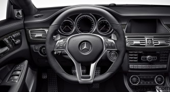 Volante multifunción digno de Mercedes-Benz