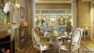 Four Seasons Hotel George V, Paris