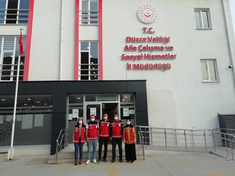 Psikososyal destek ekibi İzmir'e gitti