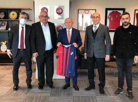 Düzcespor ikinci başkanı Korkmaz'dan Özdemir'e ziyaret