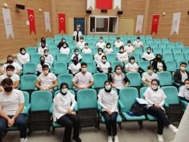 Genç öğrencilere iş sağlığı eğitimi verildi