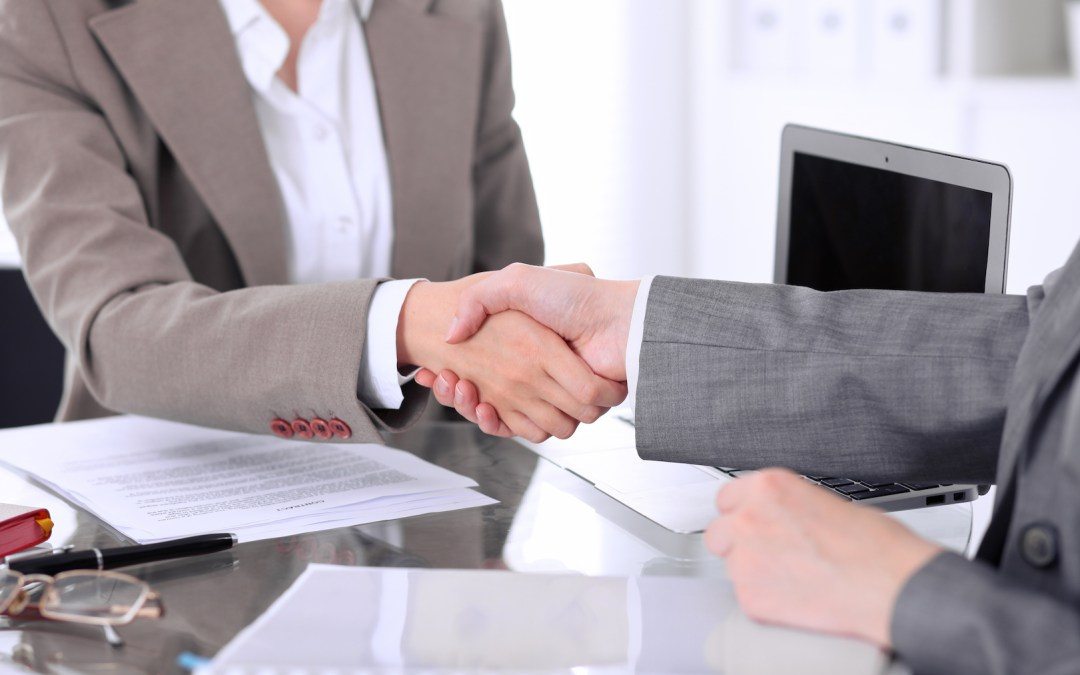 """""""Meeting With A Lawyer – What to Expect (And What We Dislike)"""""""