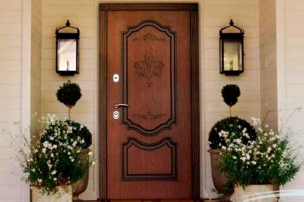 Межкомнатные и входные двери: критерии выбора