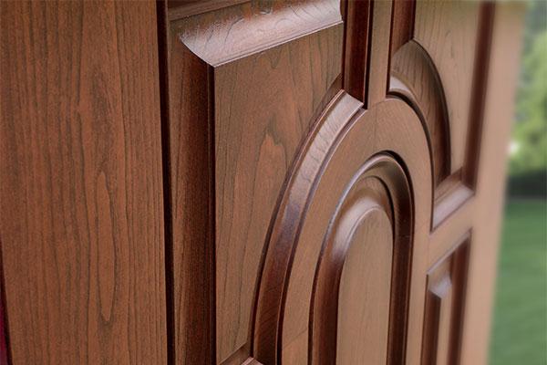 Деревянные двери и их установка