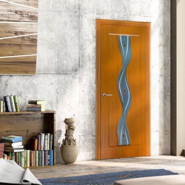 Дверь из МДФ покрытая пленкой ПВХ