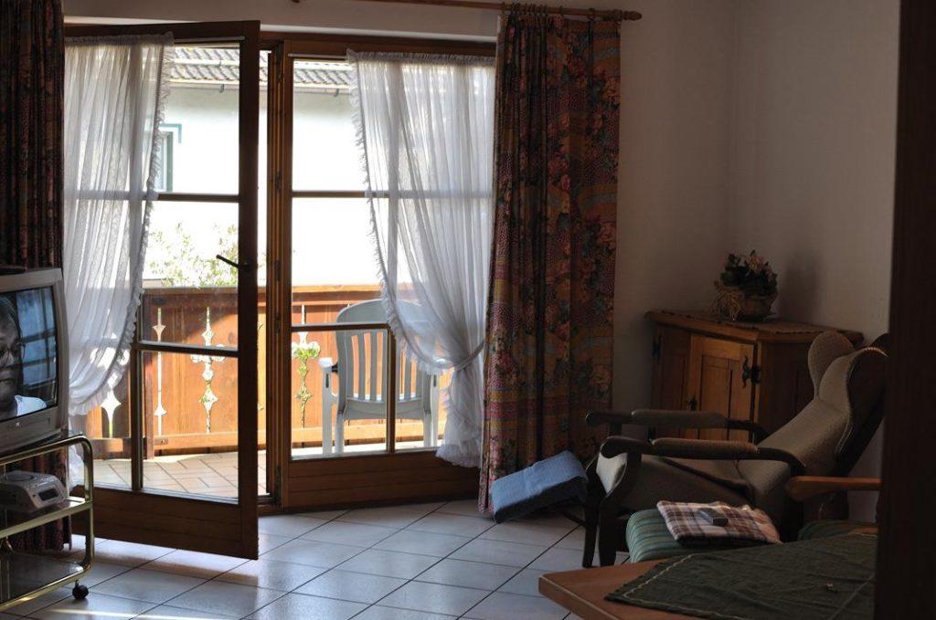 балконная металлопластиковая дверь