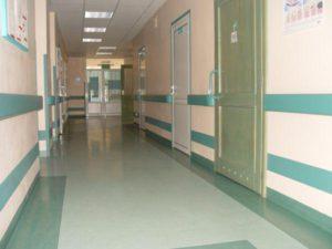 пластиковые двери для медицинских учреждений