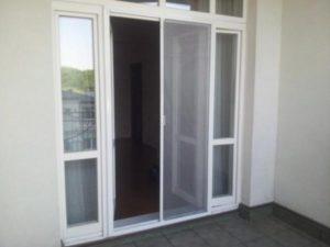 раздвижная москитная дверь