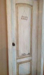 Состаренная межкомнатная дверь