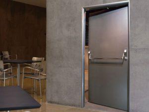 специализированные двери для производств