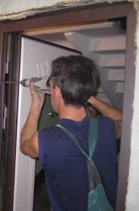 укрепление металлической двери