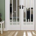 Замена старого стекла в двери