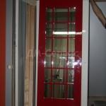 Красная дверь с фрамугой по индивидуальному заказу