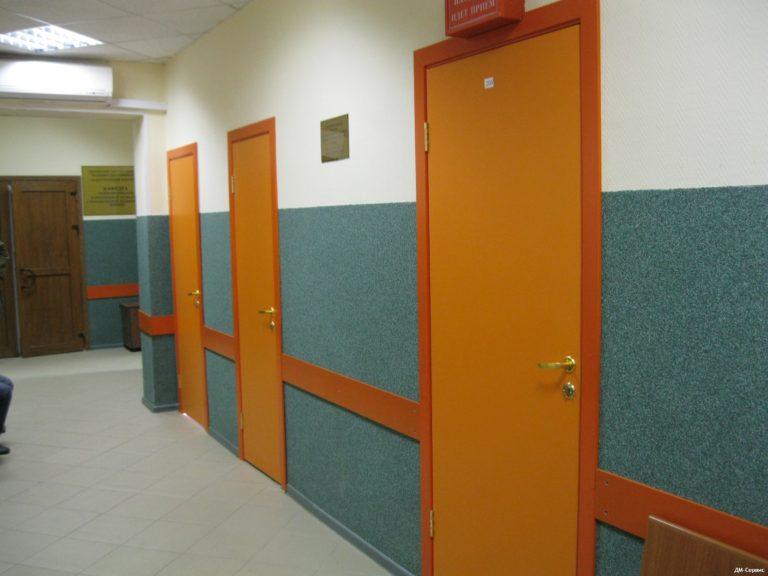 Двери облицованные пластиком CPL в поликлинике №10